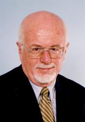 Dr David Ellyard