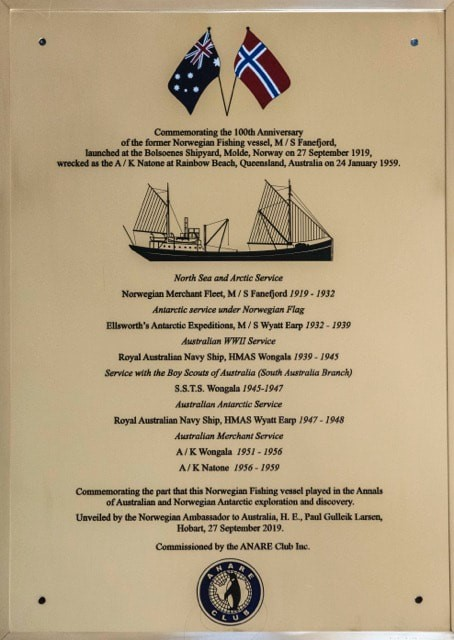 Anniversary plaque presented to the Maritime Museum of Tasmania